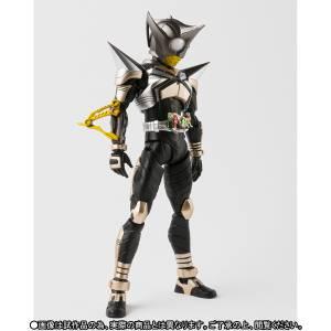 Kamen Rider Kabuto - Masked Rider Punch Hopper Limited Edition [SH Figuarts]